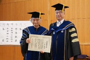 小澤征爾さんへ「成城大学名誉博士」を授与しました